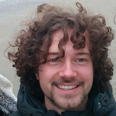 Alec zoekt een Appartement / Huurwoning / Kamer / Studio in Delft